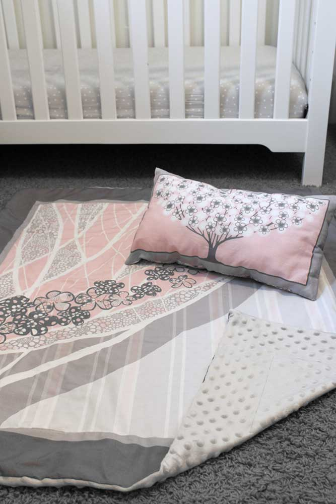 Baby quilt and pillow project in pink and gray