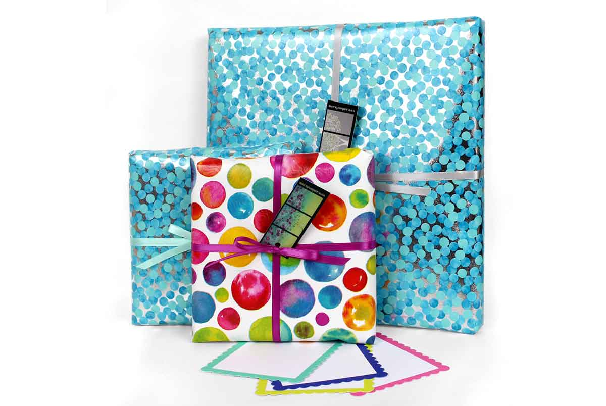 Read more about the article Gift Wrapping is Now Available for the Holidays