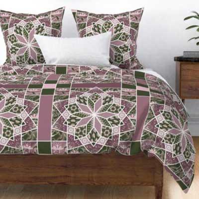 Duvet of patchwork star quilt in rose pink