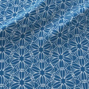 Geometric flowers in blue and white