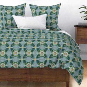 Fabric & Wallpaper: Quilt Square Rose Quatrefoil in Green, Yellow, Blue