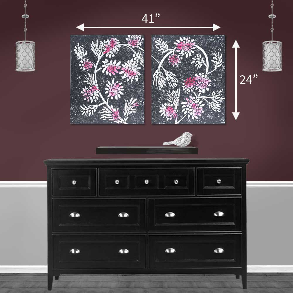 Size guide for painting of fuchsia and charcoal floral heart