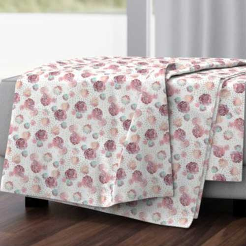 Throw blanket with pink roses