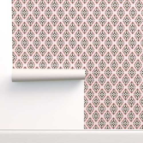 Wallpaper with pink diamonds